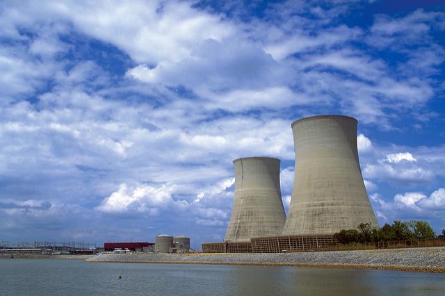 Le nucléaire, « un choix d'avenir » au présent incertain
