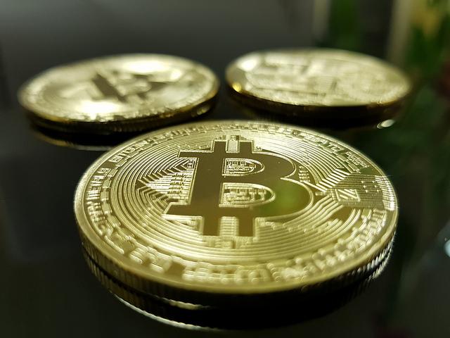 Comment expliquer les hausses et baisses successives et subites de Bitcoin ? Et surtout, quand aura lieu la prochaine tendance haussière ?