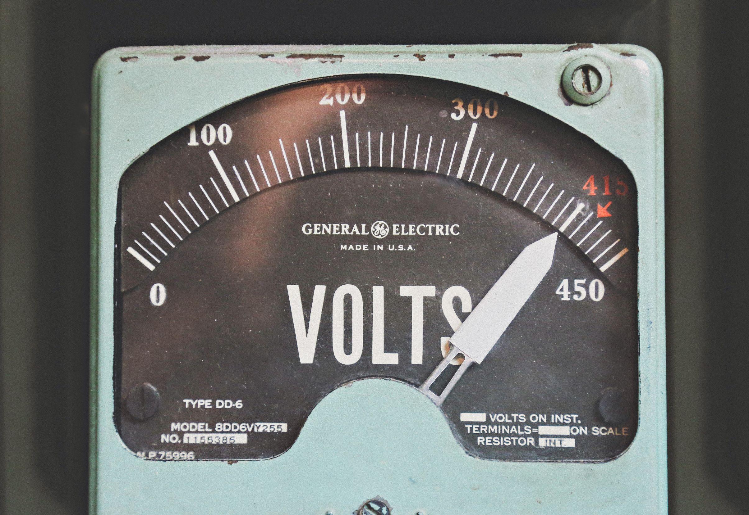 Confier l'alimentation électrique aux énergies renouvelables intermittentes est irresponsable - Contrepoints